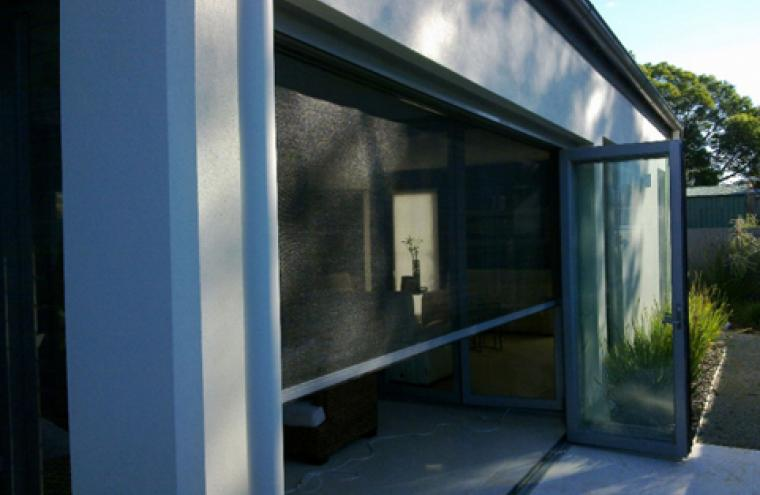 Fly screens retractable vertical motorised prahran melbourne for Pull down fly screen for doors